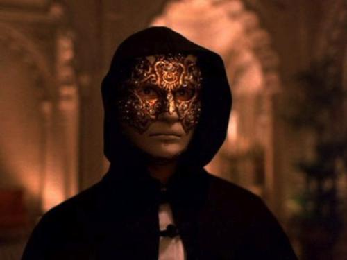 masque-eyes-wide-shut